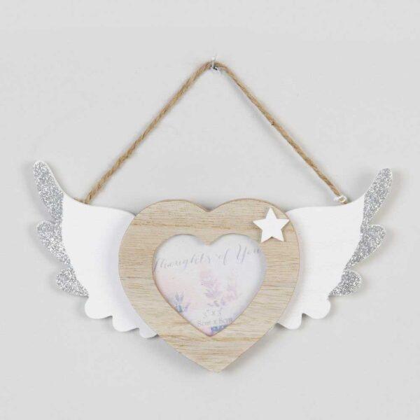 hartje met engelen vleugeltjes voor foto - kerstboom