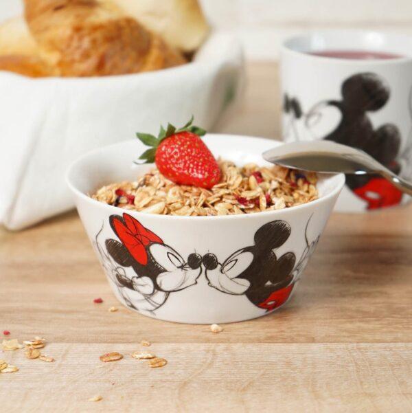 soepkom - ontbijt kom kussende Mickey en Minnie - Disney Porselein keuken